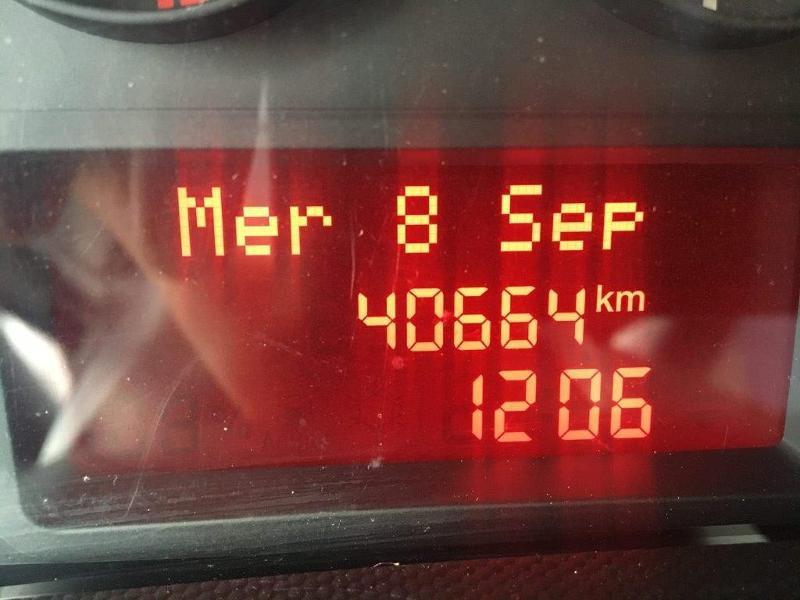 Photo 10 de l'offre de IVECO 35c16 CAISSE 20M3 PLUS CAPUCINE CLIM AUTO à 30000€ chez ABVI Béziers