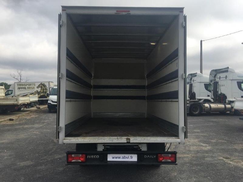 Photo 14 de l'offre de IVECO 35c16 CAISSE 20M3 PLUS CAPUCINE CLIM AUTO à 30000€ chez ABVI Béziers