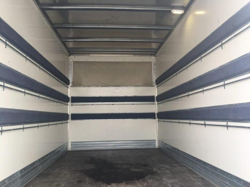 Photo 15 de l'offre de IVECO 35c16 CAISSE 20M3 PLUS CAPUCINE CLIM AUTO à 30000€ chez ABVI Béziers