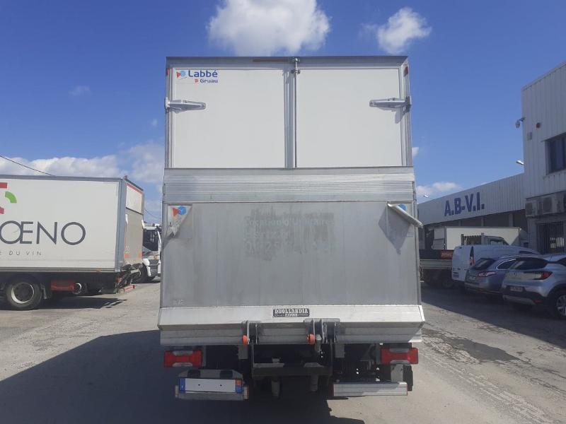 Photo 5 de l'offre de IVECO 35c16 CAISSE HAYON DHOLANDIA DEUX PORTE AR CLIM AUTO à 31800€ chez ABVI Narbonne