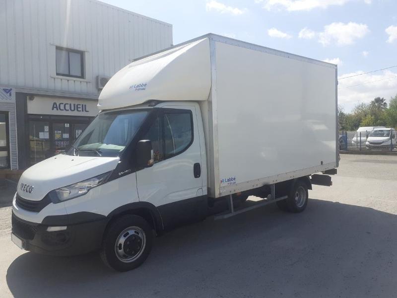 Photo 7 de l'offre de IVECO 35c16 CAISSE HAYON DHOLANDIA DEUX PORTE AR CLIM AUTO à 31800€ chez ABVI Narbonne