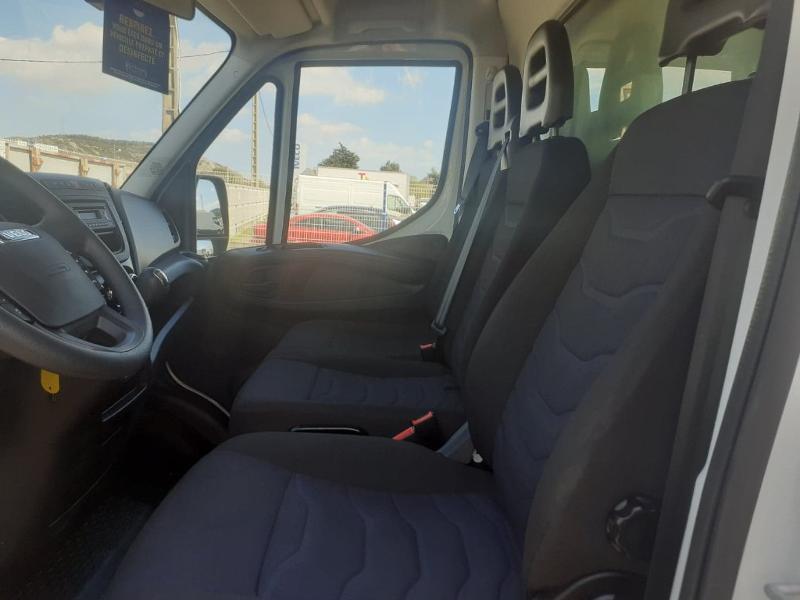 Photo 9 de l'offre de IVECO 35c16 CAISSE HAYON DHOLANDIA DEUX PORTE AR CLIM AUTO à 31800€ chez ABVI Narbonne