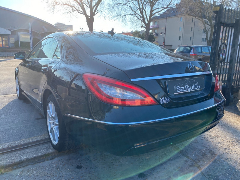 Photo 14 de l'offre de MERCEDES-BENZ CLASSE CLS (W218) 250 CDI à 14990€ chez SELF AUTO