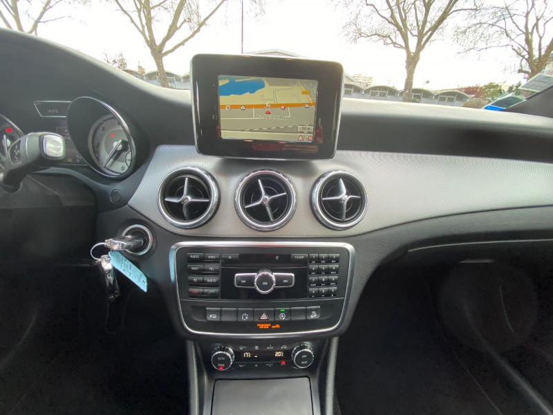 Photo 9 de l'offre de MERCEDES-BENZ CLASSE GLA (X156) 220 CDI SENSATION 4MATIC 7G-DCT à 16990€ chez SELF AUTO