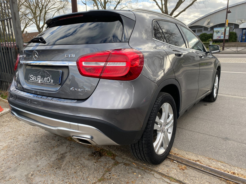 Photo 14 de l'offre de MERCEDES-BENZ CLASSE GLA (X156) 220 CDI SENSATION 4MATIC 7G-DCT à 16990€ chez SELF AUTO