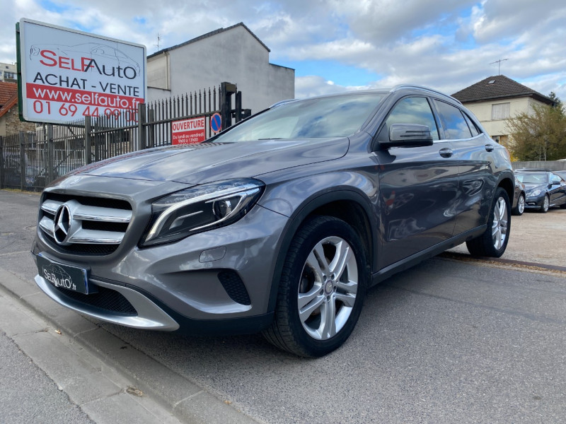 Photo 1 de l'offre de MERCEDES-BENZ CLASSE GLA (X156) 220 CDI SENSATION 4MATIC 7G-DCT à 16990€ chez SELF AUTO