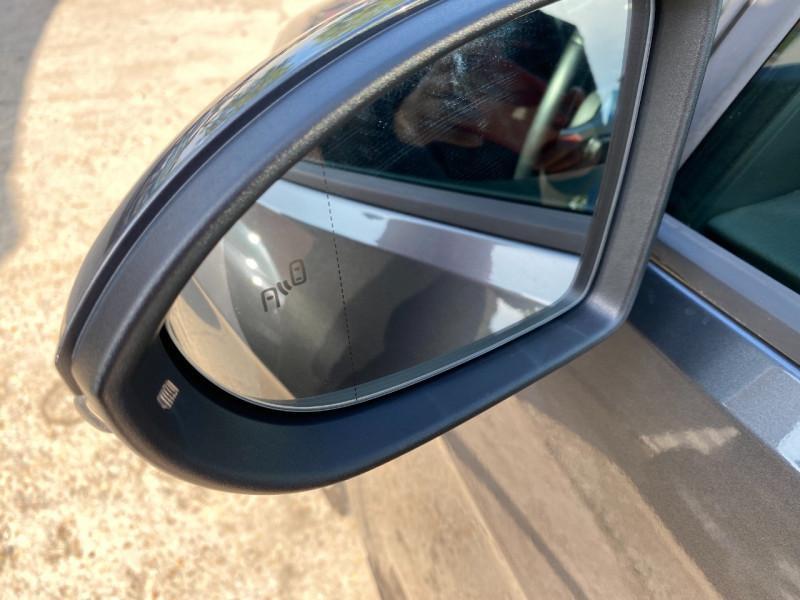 Photo 21 de l'offre de VOLKSWAGEN GOLF VII 2.0 TSI 245CH BLUEMOTION TECHNOLOGY GTI PERFORMANCE DSG7 5P à 21990€ chez SELF AUTO