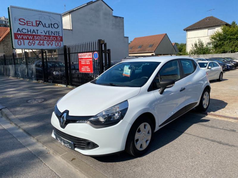Renault CLIO IV STE 1.5 DCI 75CH AIR ECO² Diesel BLANC Occasion à vendre