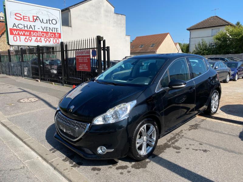 Peugeot 208 AFFAIRE 1.6 E-HDI 92 FAP PACK CD CLIM 5P Diesel NOIR Occasion à vendre
