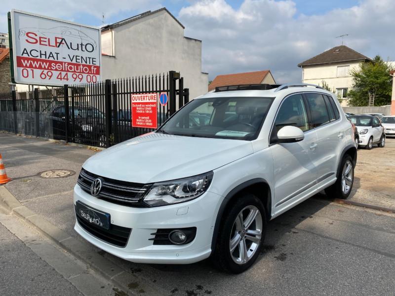 Volkswagen TIGUAN 2.0 TDI 140CH BLUEMOTION TECHNOLOGY FAP R EXCLUSIVE Diesel BLANC Occasion à vendre
