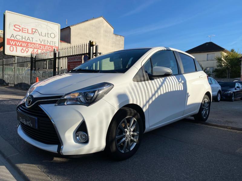 Toyota YARIS 69 VVT-I DYNAMIC 5P Essence BLANC Occasion à vendre
