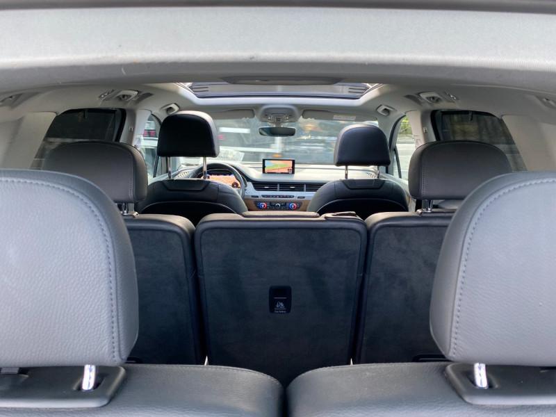 Photo 22 de l'offre de AUDI Q7 3.0 V6 TDI 272CH CLEAN DIESEL AVUS QUATTRO TIPTRONIC 7 PLACES à 29900€ chez SELF AUTO