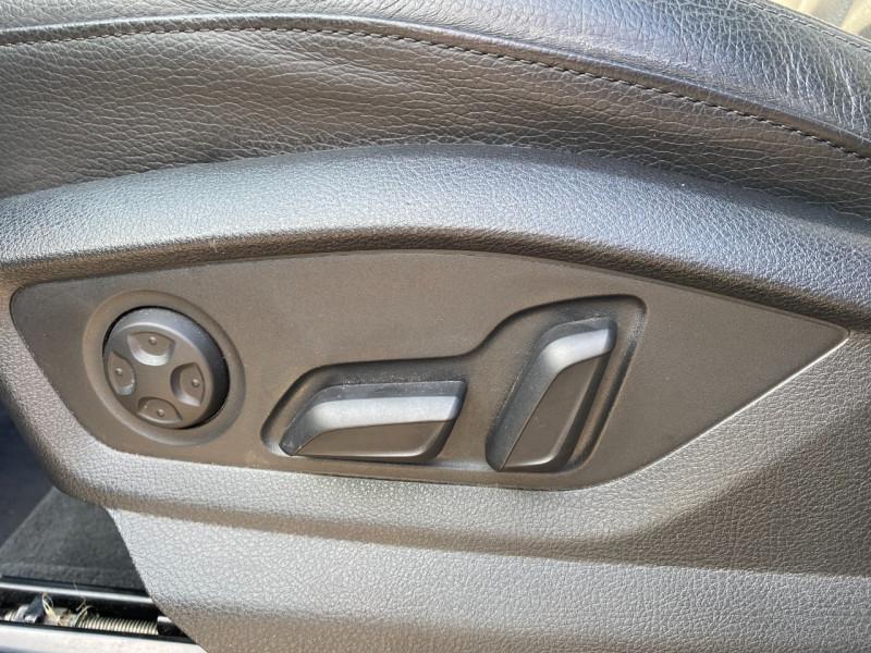 Photo 6 de l'offre de AUDI Q7 3.0 V6 TDI 272CH CLEAN DIESEL AVUS QUATTRO TIPTRONIC 7 PLACES à 29900€ chez SELF AUTO