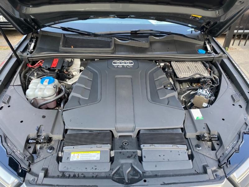 Photo 24 de l'offre de AUDI Q7 3.0 V6 TDI 272CH CLEAN DIESEL AVUS QUATTRO TIPTRONIC 7 PLACES à 29900€ chez SELF AUTO