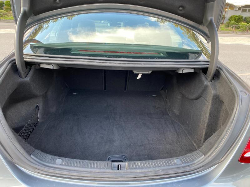 Photo 17 de l'offre de MERCEDES-BENZ CLASSE E (W213) 200 D 150CH SPORTLINE 9G-TRONIC à 29900€ chez SELF AUTO