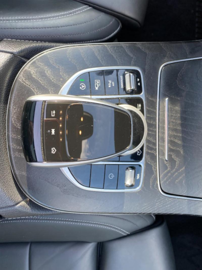 Photo 13 de l'offre de MERCEDES-BENZ CLASSE E (W213) 200 D 150CH SPORTLINE 9G-TRONIC à 29900€ chez SELF AUTO