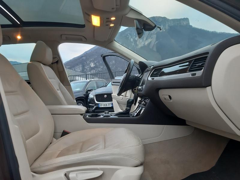 Photo 5 de l'offre de VOLKSWAGEN TOUAREG 3.0 V6 TDI 240CH FAP CARAT EDITION TIPTRONIC à 13990€ chez Help car