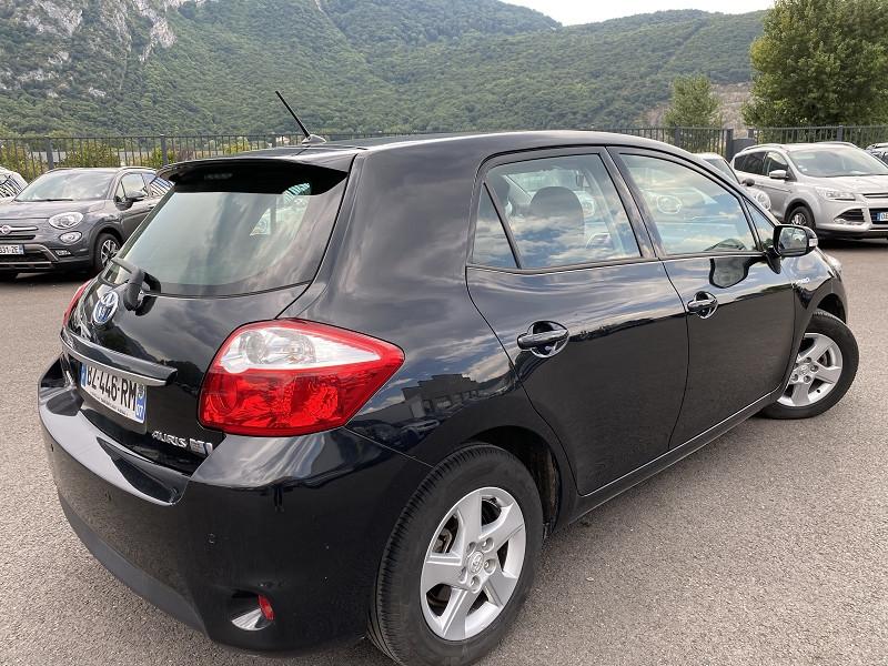 Photo 4 de l'offre de TOYOTA AURIS HSD 136H EXECUTIVE CONNECT 5P à 9490€ chez Help car
