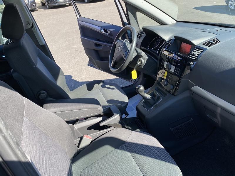 Photo 3 de l'offre de OPEL ZAFIRA 1.7 CDTI110 FAP 111 7PL à 8990€ chez Help car