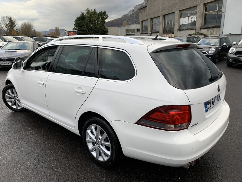 Photo 4 de l'offre de VOLKSWAGEN GOLF VI SW 2.0 TDI 140CH BLUEMOTION FAP CONFORTLINE 5P à 5990€ chez Help car
