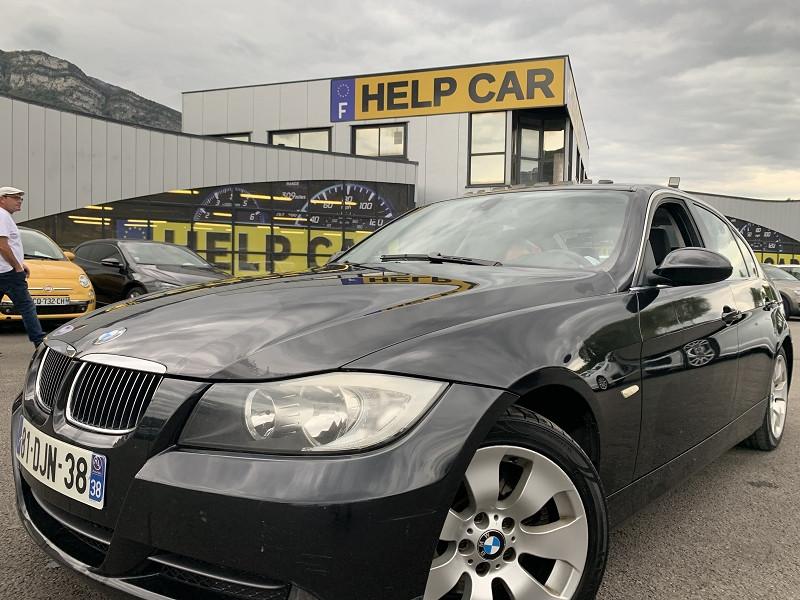 Photo 1 de l'offre de BMW SERIE 3 (E90) 330IA 258CH CONFORT à 8490€ chez Help car