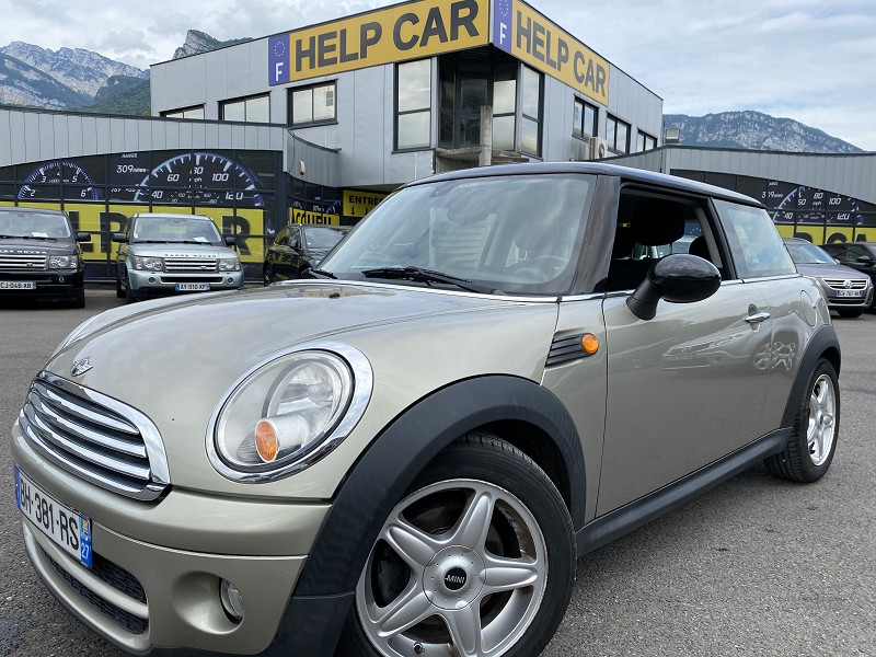 Photo 1 de l'offre de MINI MINI COOPER D 110CH PACK CHILI à 7990€ chez Help car