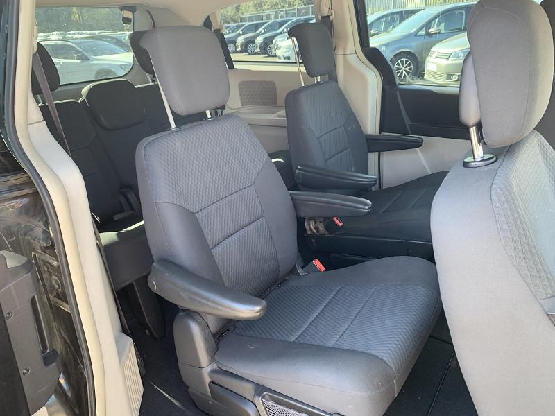 Photo 4 de l'offre de CHRYSLER GRAND VOYAGER 2.8 CRD LX BA à 9990€ chez Help car