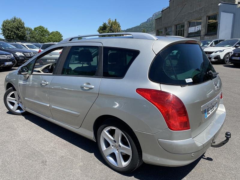 Photo 2 de l'offre de PEUGEOT 308 SW 1.6 HDI110 FELINE à 4990€ chez Help car