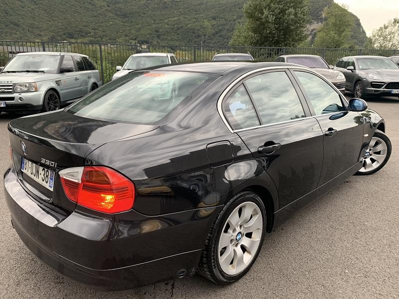Photo 2 de l'offre de BMW SERIE 3 (E90) 330IA 258CH CONFORT à 8490€ chez Help car