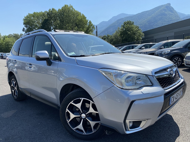 Photo 2 de l'offre de SUBARU FORESTER 2.0D 147 LUXURY PACK à 12490€ chez Help car