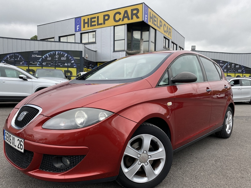Seat ALTEA 1.6 STYLANCE Essence ROUGE  Occasion à vendre