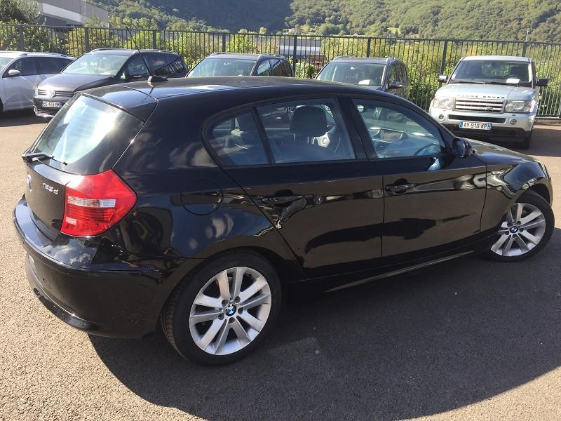Photo 2 de l'offre de BMW SERIE 1 (E81/E87) 123D 204CH LUXE 5P à 10490€ chez Help car