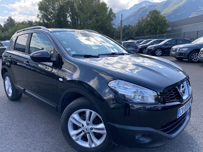 Photo 2 de l'offre de NISSAN QASHQAI 1.6 DCI 130CH FAP STOP&START TEKNA ALL-MODE à 10990€ chez Help car