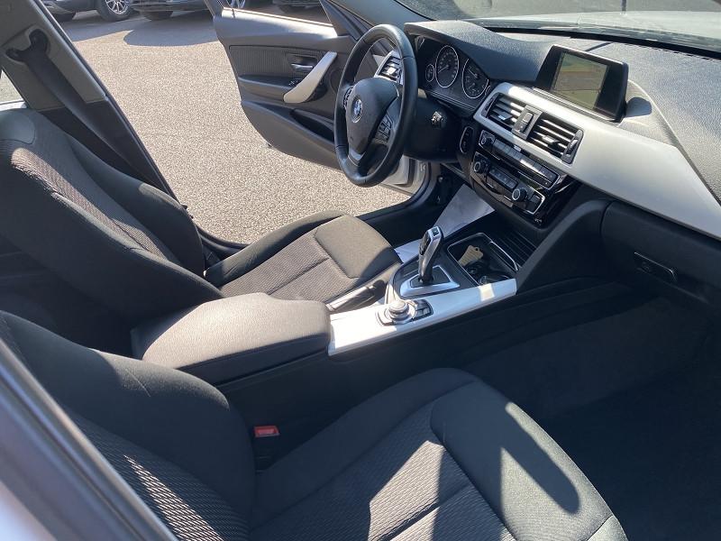 Photo 3 de l'offre de BMW SERIE 3 TOURING (F31) 318DA 150CH LOUNGE PLUS à 10490€ chez Help car
