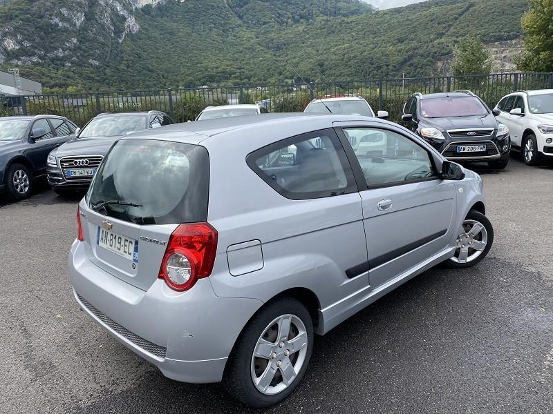 Photo 2 de l'offre de CHEVROLET AVEO 1.2 16V LS 3P à 5990€ chez Help car