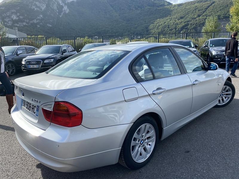 Photo 2 de l'offre de BMW SERIE 3 (E90) 320D 163CH CONFORT à 8490€ chez Help car
