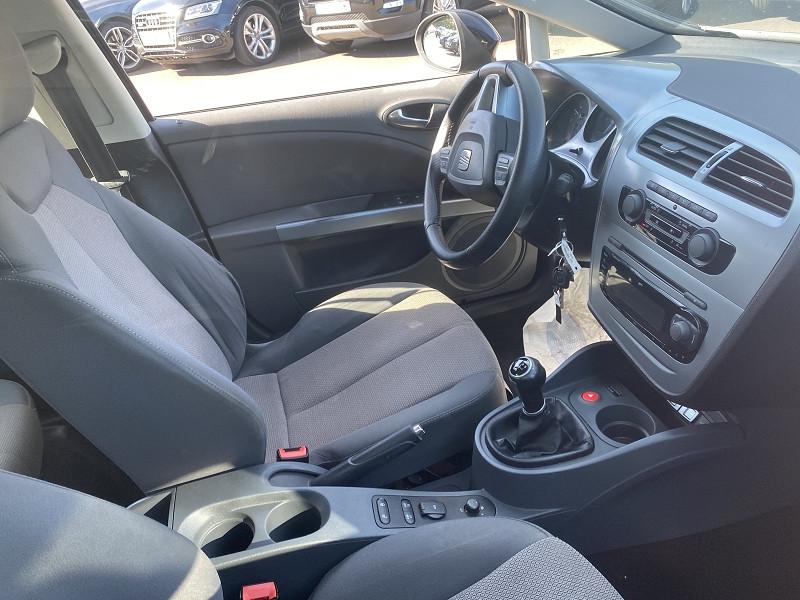 Photo 3 de l'offre de SEAT LEON 1.9 TDI105 FAP STYLE ECOMOTIVE à 6900€ chez Help car