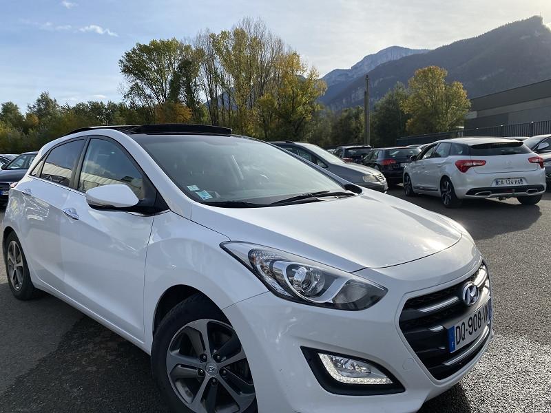 Photo 2 de l'offre de HYUNDAI I30 1.6 CRDI 110CH BLUE DRIVE BUSINESS 5P à 8990€ chez Help car