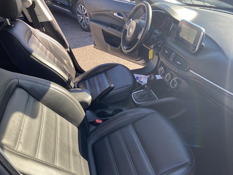 Photo 4 de l'offre de FIAT TIPO 1.6 MULTIJET 120CH LOUNGE S/S DCT 5P à 11990€ chez Help car