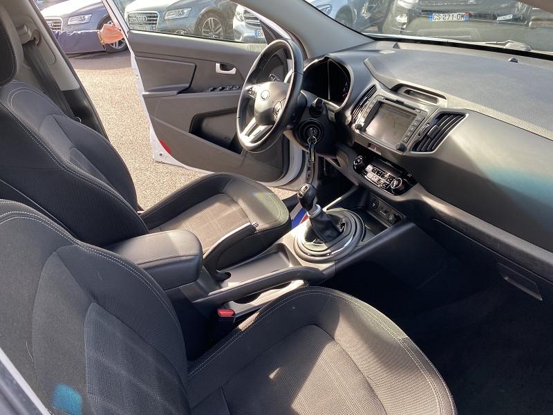 Photo 3 de l'offre de KIA SPORTAGE 1.7 CRDI115 PREMIUM SMARTDRIVE à 10490€ chez Help car