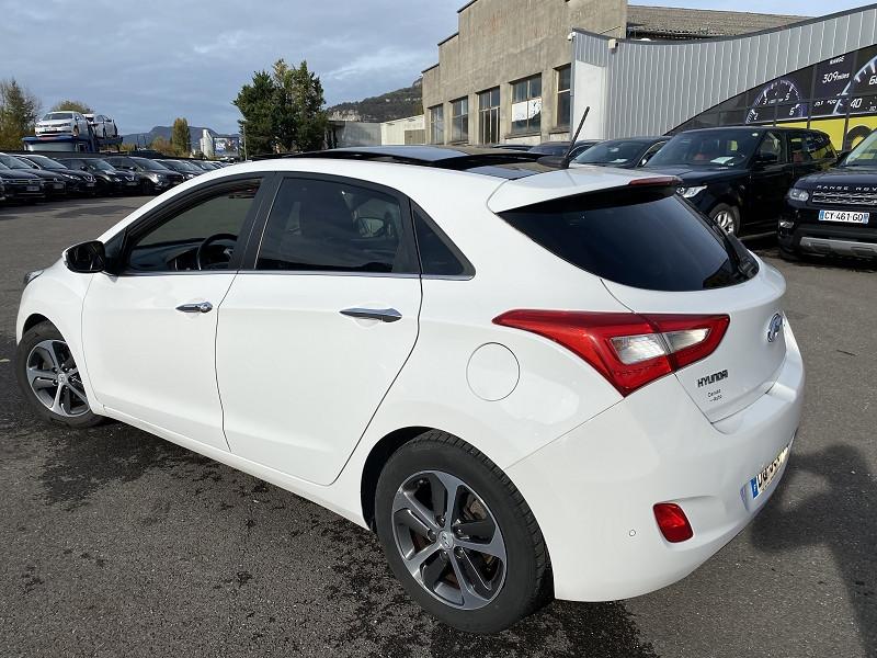 Photo 3 de l'offre de HYUNDAI I30 1.6 CRDI 110CH BLUE DRIVE BUSINESS 5P à 8990€ chez Help car