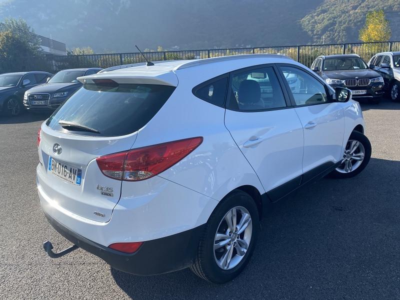 Photo 2 de l'offre de HYUNDAI IX35 2.0 CRDI136 PACK EDITION 4WD à 9990€ chez Help car