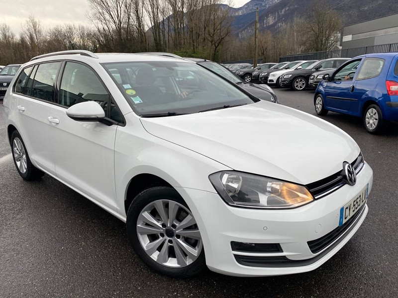 Photo 2 de l'offre de VOLKSWAGEN GOLF VII SW 1.6 TDI 105CH BLUEMOTION FAP CONFORTLINE à 10490€ chez Help car