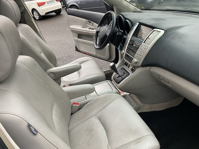 Photo 2 de l'offre de LEXUS RX 400H PACK PRESIDENT à 10990€ chez Help car