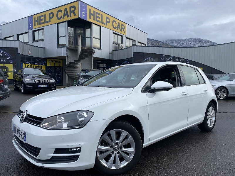 Photo 1 de l'offre de VOLKSWAGEN GOLF VII 1.6 TDI 110CH BLUEMOTION TECHNOLOGY FAP CONFORTLINE à 10990€ chez Help car