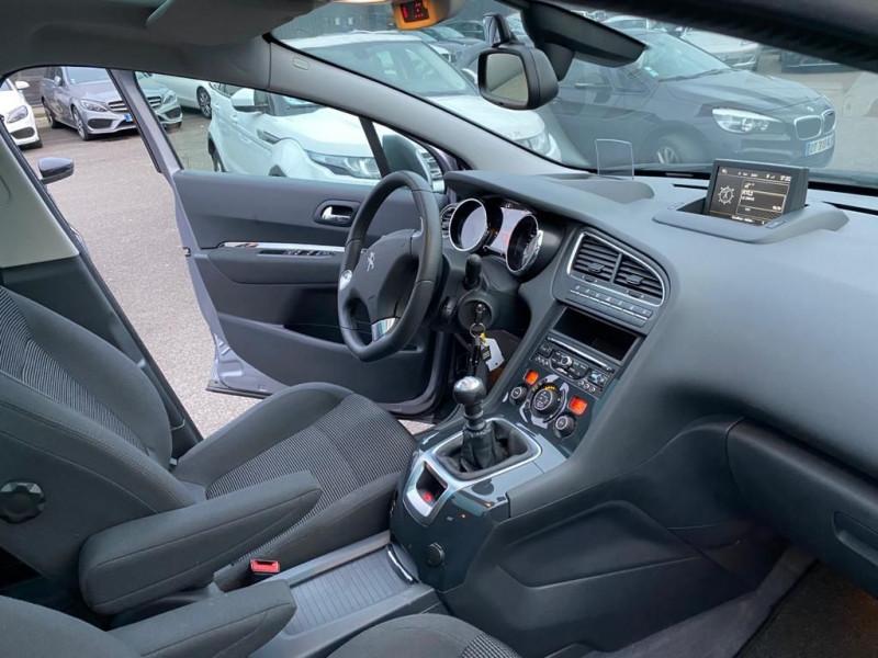 Photo 5 de l'offre de PEUGEOT 5008 1.6 HDI 115CH FAP ALLURE 7 PLACES à 10490€ chez Help car