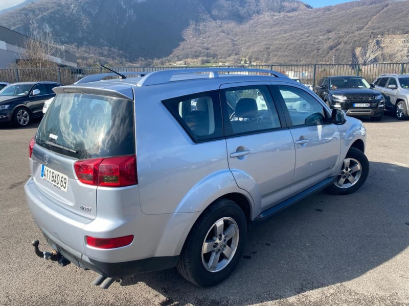 Photo 2 de l'offre de PEUGEOT 4007 2.2 HDI 16V FAP FELINE à 8990€ chez Help car