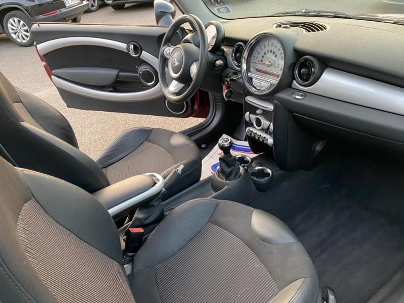 Photo 4 de l'offre de MINI CLUBMAN COOPER D 110CH à 5990€ chez Help car