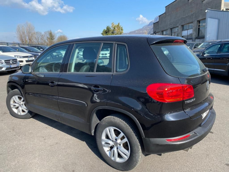 Photo 4 de l'offre de VOLKSWAGEN TIGUAN 2.0 TDI 110CH BLUEMOTION TECHNOLOGY FAP SPORTLINE à 15490€ chez Help car