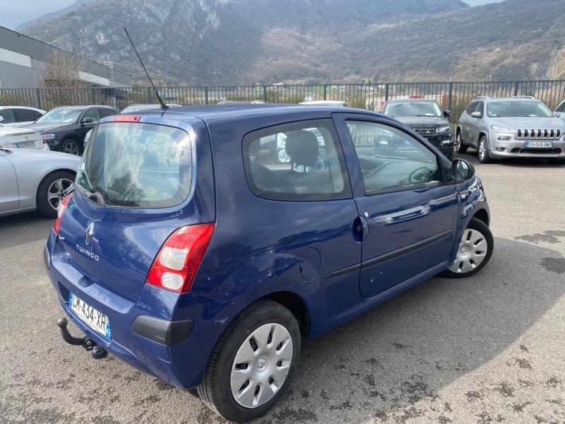 Photo 2 de l'offre de RENAULT TWINGO II 1.5 DCI 65CH AUTHENTIQUE à 4990€ chez Help car